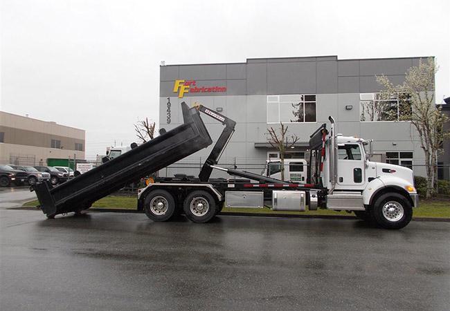 Peterbilt 348 Hooklift Truck